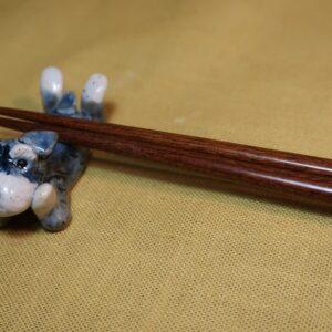 箸置き 頬杖シュナ